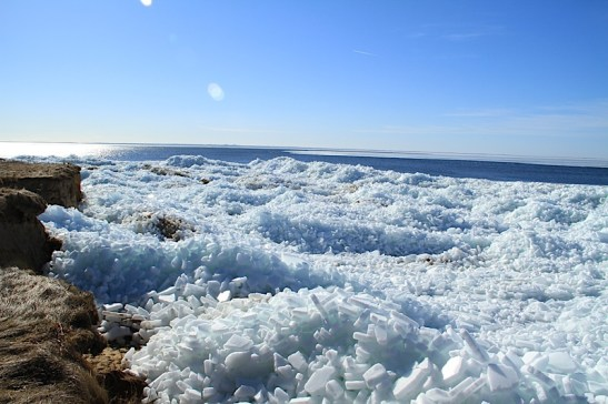 Winter 27 Eisberge Ostseebad Thiessow Insel Ruegen