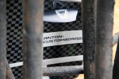 Anton Custom Kiteboard Casino Carbon 15