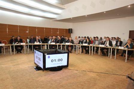 Alegatorii si candidatii din Braila, invitati in dezbateri electorale organizate de doua ONG-uri