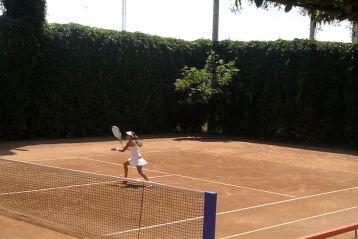 Maine de la 10.00, semifinalele campionatului national de tenis
