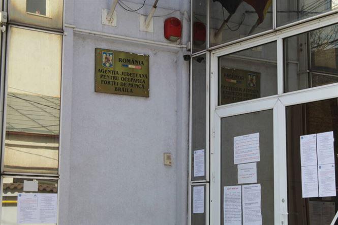 AJOFM Brăila anunță 55 locuri de muncă vacante oferite de angajatorii din județ