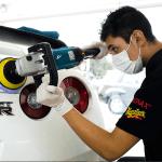 Proceso de Corrección de Laca o barniz de pintura bi-capa
