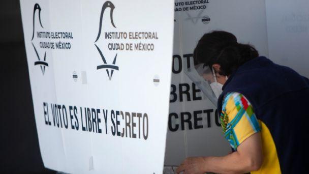 Asaltan a mujeres mientras hacían fila para votar en Nuevo León | Proceso