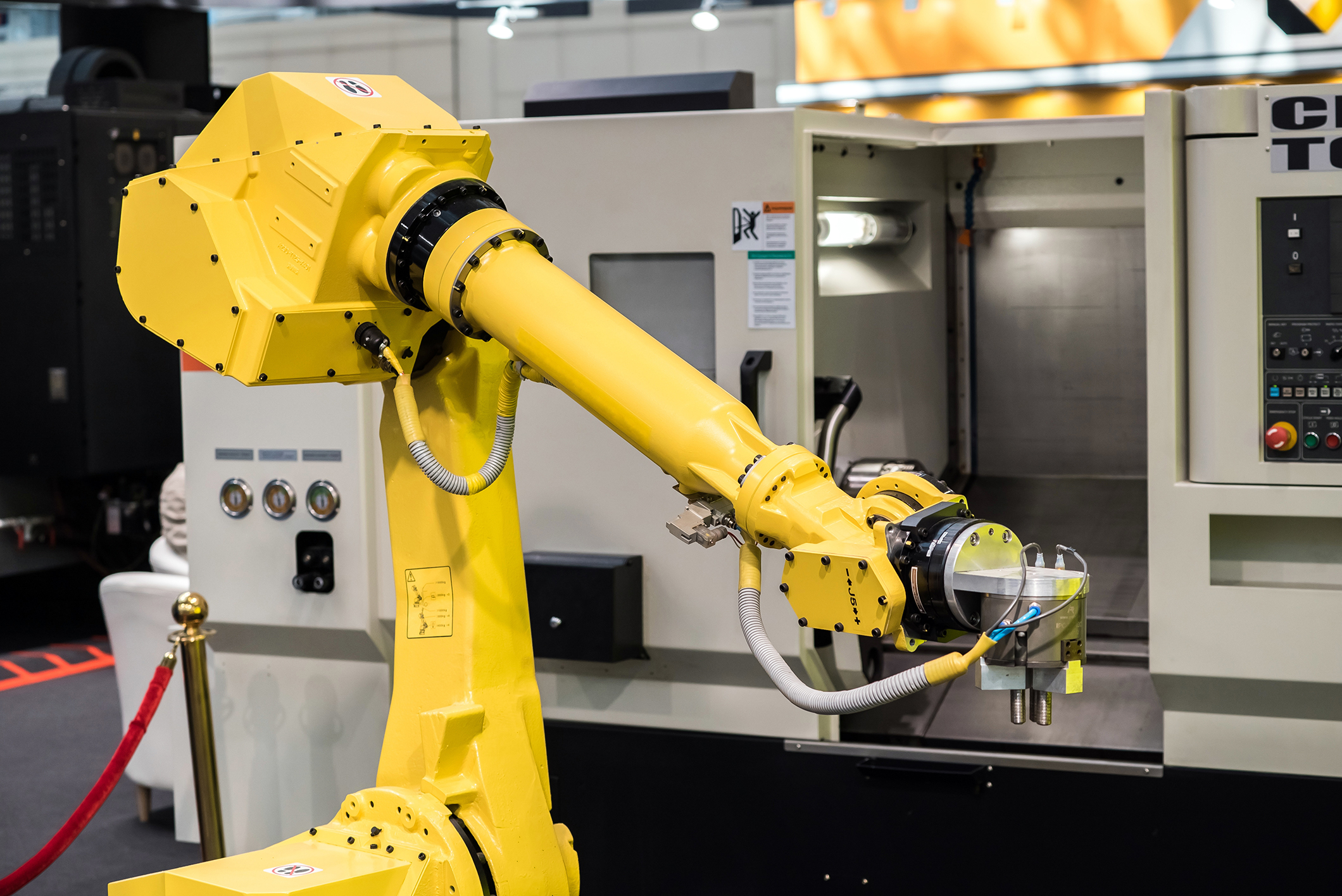 What are the Different Types of Industrial Robots and Their Applications?