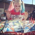 Sexy Margot Robbie: Harley Quinn teď září vTenkrát vHollywoodu