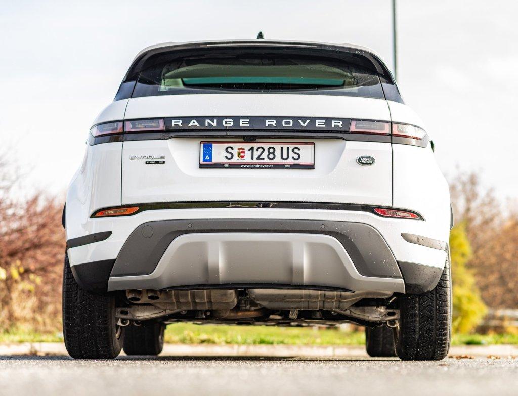 Bez kvalitní techniky by to nešlo. A to Range Rover umí.