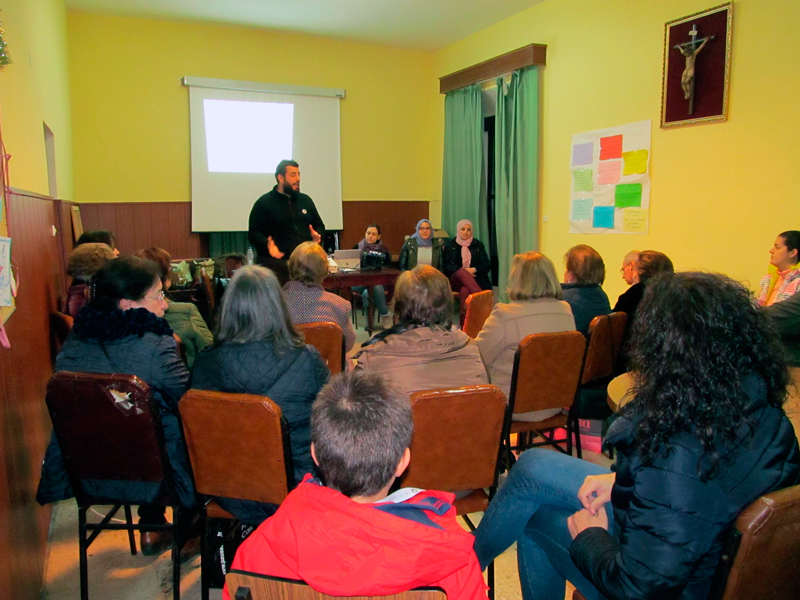 El Hogar Infantil Padre Lerchundi de visita en Almendralejo