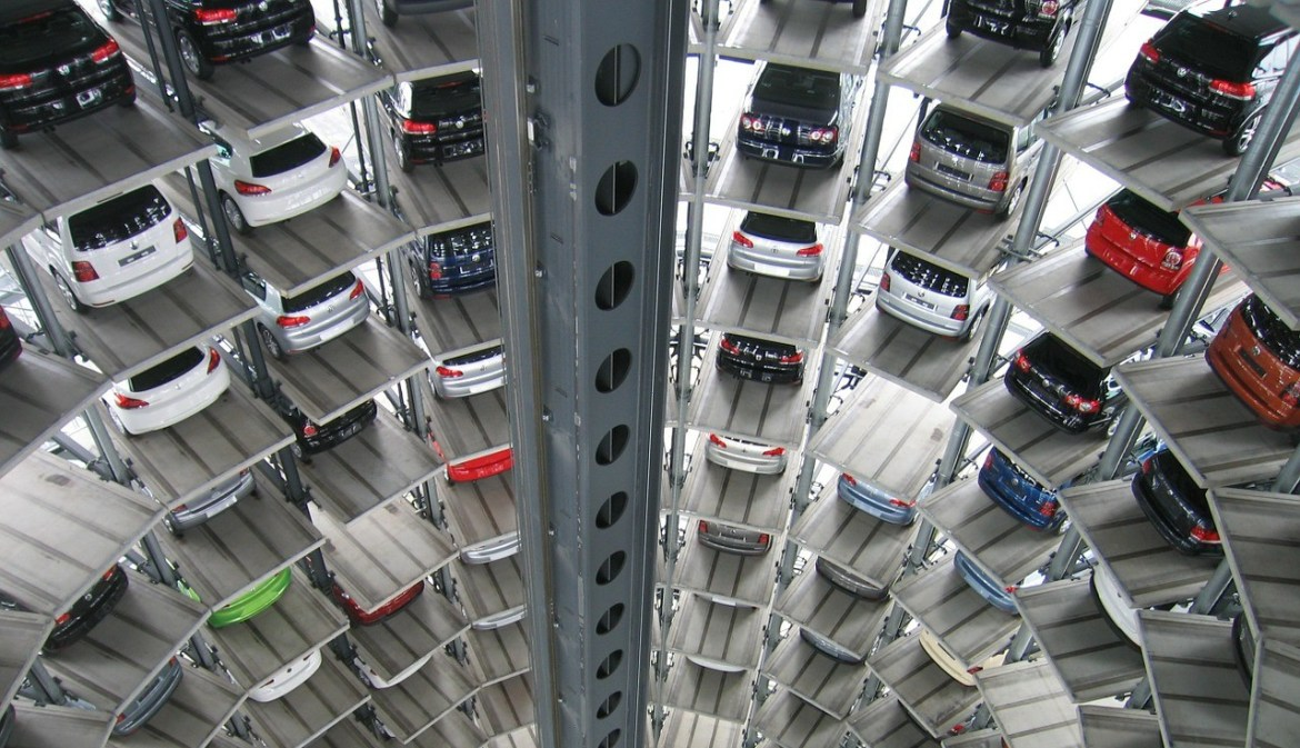 One of the new trends in the automotive industry is the plummeting sales of the VW group. Image courtesy of Pixabay.com, hosted under CC0.