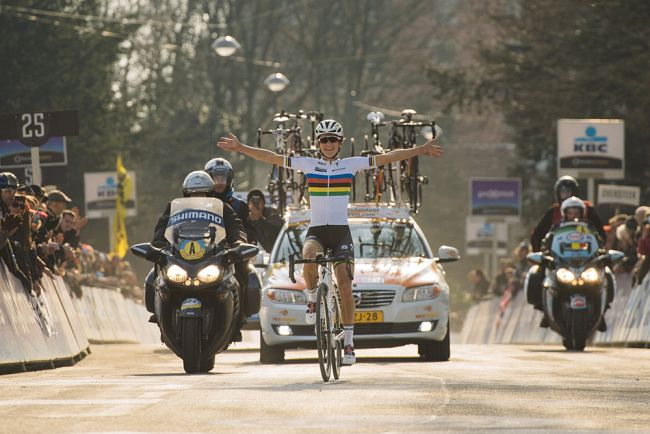 Lizzie Deignan Omloop Het Nieuwsblad 2016