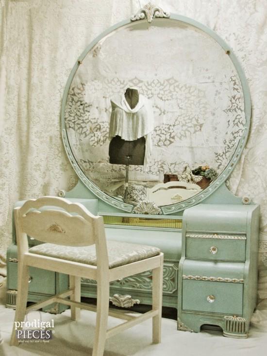 Shabby Chic Antique Vanity