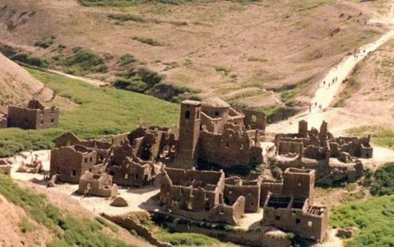 Rovine di un borgo antico