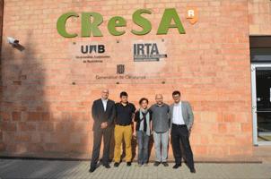De izquierda a derecha, Miguel Ángel Higuera (ANPROGAPOR), Vicens Tarancón (GSP Lleida), Elena Novell (GSP Lleida), Joaquim Segalés (CReSA) y Ricard Parés (PORCAT).