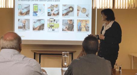 Trouw Nutrition España reúne a sus clientes en sus oficinas para presentarles la solución NUTRIOPT NIR MOBILE para rumiantes