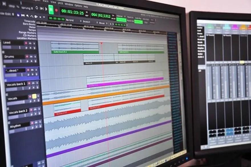 1. Estación de trabajo de audio digital (DAW)