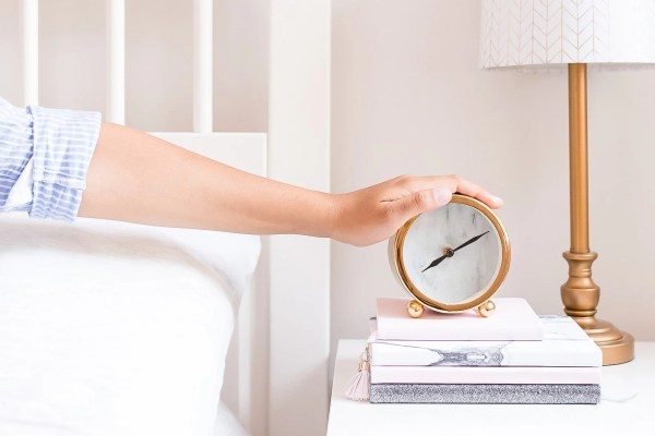 10 ways to stop wasting time and actually get stuff done!