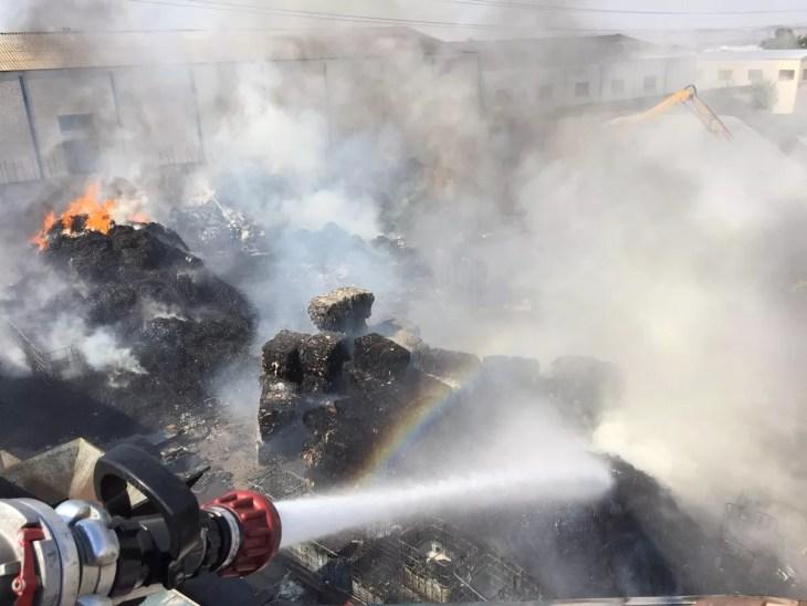 extinción incendio residuos