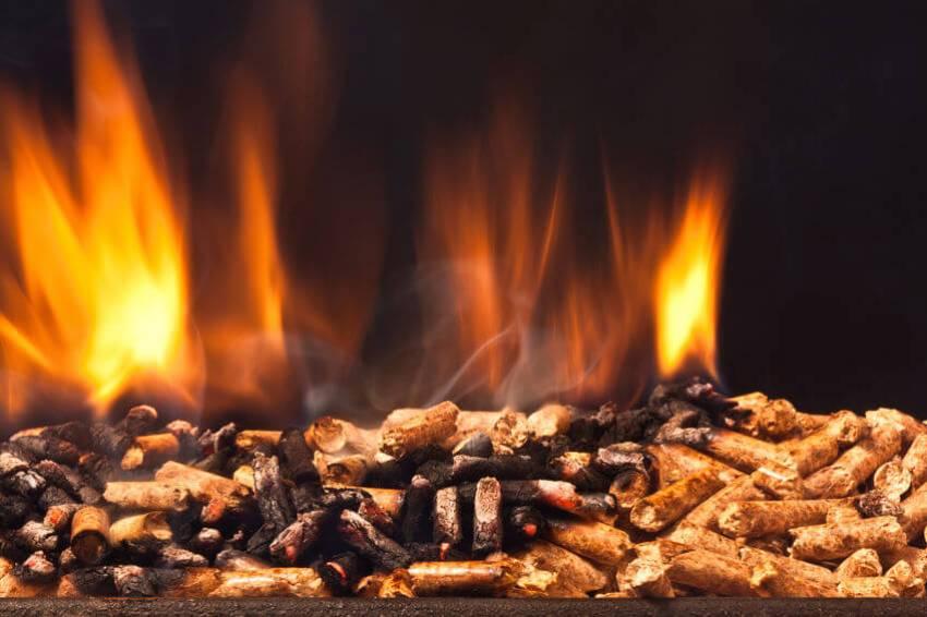 holzpellets brennen
