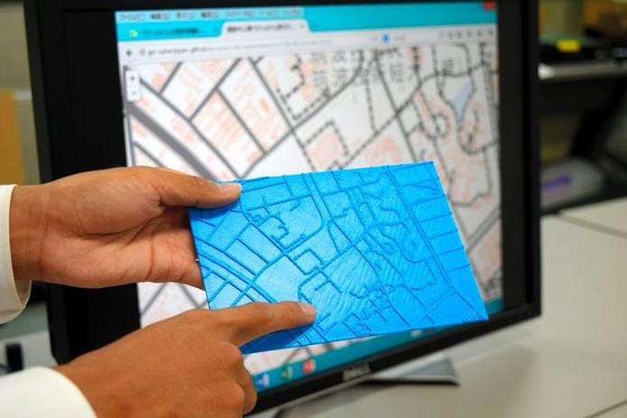 Mapa em relevo para deficientes visuais feito a acessibilidade na impressão 3D