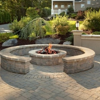 PRO EDGE LAWN CARE LLC on Pavers Patio With Fire Pit id=69624