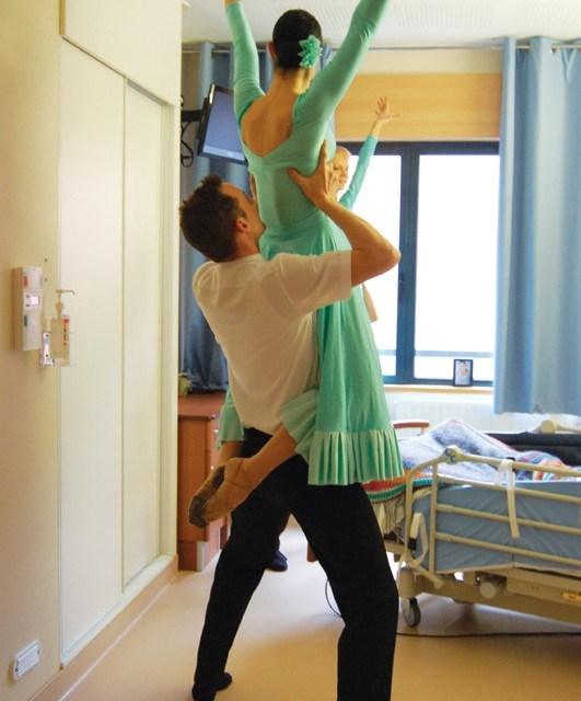 Ces danseurs qui enchantent les malades