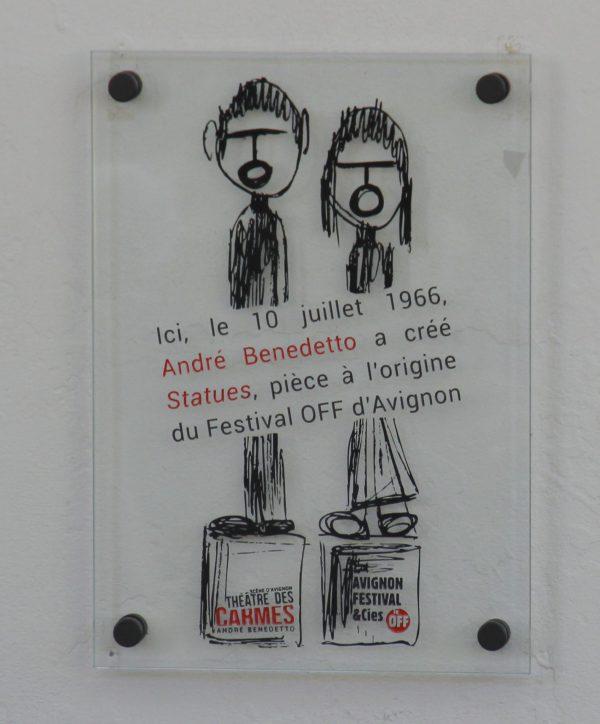 Plaque en hommage à André Benedetto.