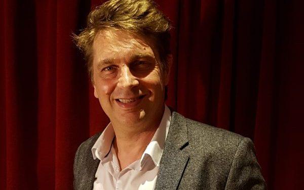 Didier Gustin, imitateur poétique du désert à la scène