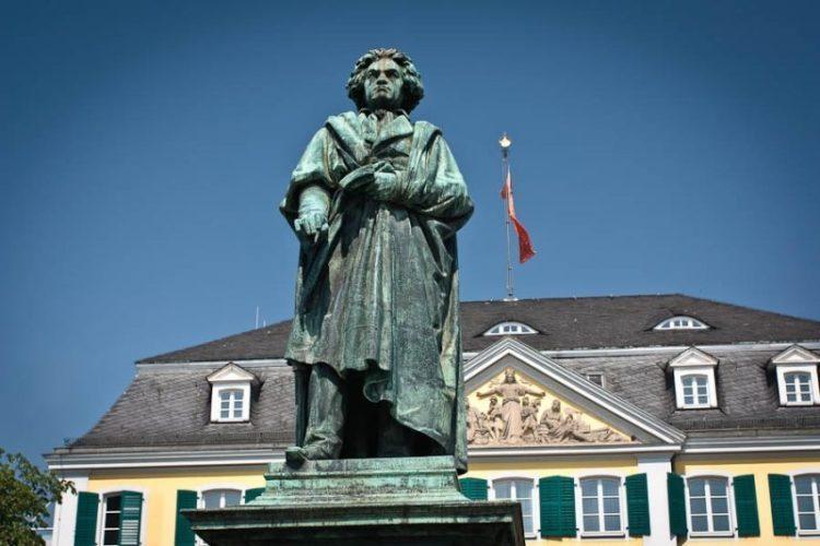 27 février 1814 : Beethoven a-t-il jamais créé quelque chose de petit ?