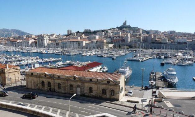 Marseille – La maison de production In'8 circle recrute un chargé d'administration et de production (h/f)