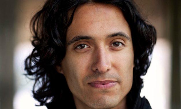 Jonas Hassen Khemiri: «Je m'amuse plus quand j'écris du théâtre»