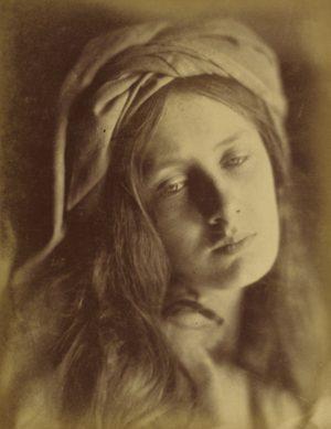 Julia Margaret Cameron, Beatrice, 1866 - Épreuve à l'albumine argentique 33,8 x 26,4 cm - The J. Paul Getty Museum, Los Angeles, États-Unis (DR)
