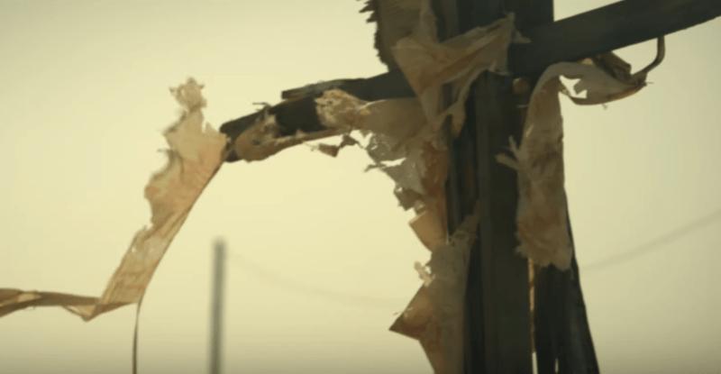 """""""The Only One"""" : le nouvel album au romantisme noir de James Eleganz"""
