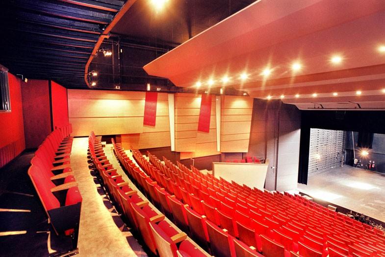 L'Action Culturelle du Barrois – Scène Nationale de Bar-le-Duc – recrute un régisseur lumière (h/f)