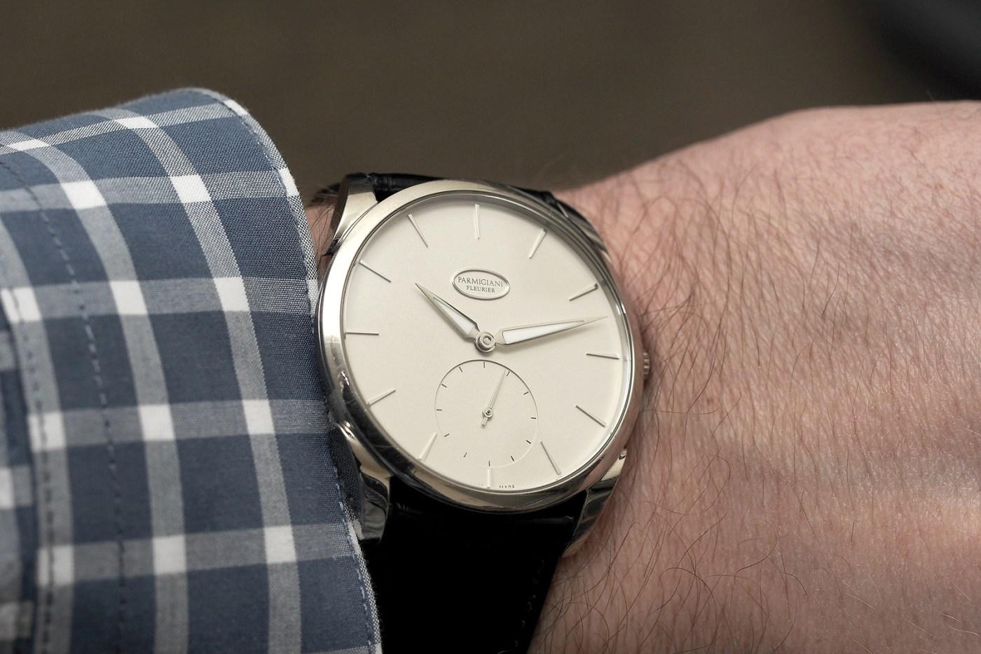 Parmigiani Fleurier Tonda 1950 white gold with cream dial wristshot