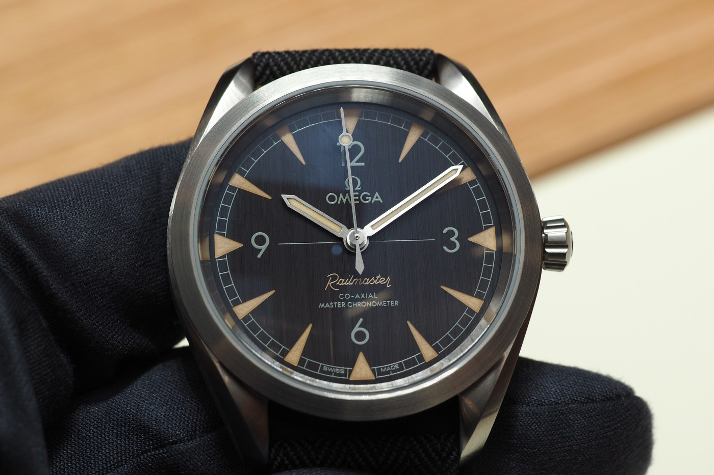 "Omega Seamaster Aqua Terra ""Railmaster"" Hands-On"