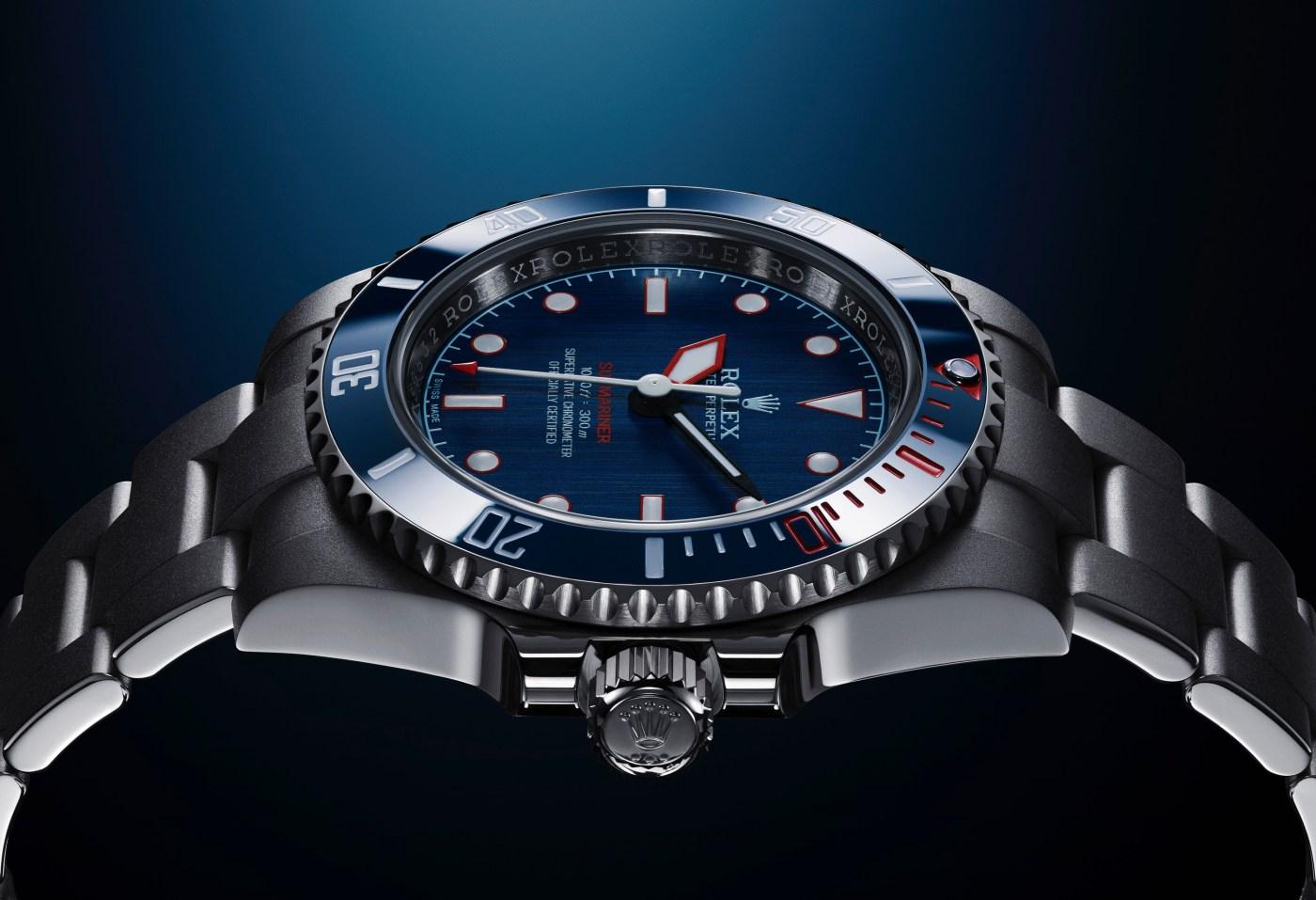Artisans de Genève Rough Matte Diver Submariner flank shot
