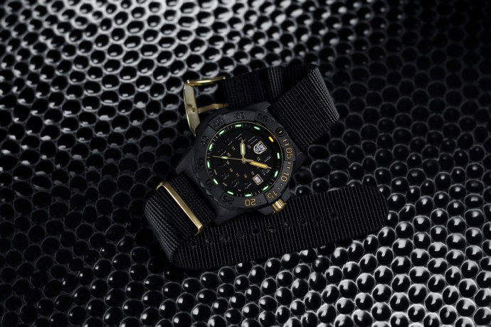Luminox Navy Seal 3500 Gold