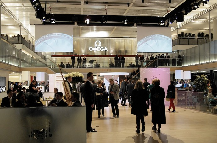 Swatch Group Baselworld Plaza 2012, Nick Hayek Jr. center