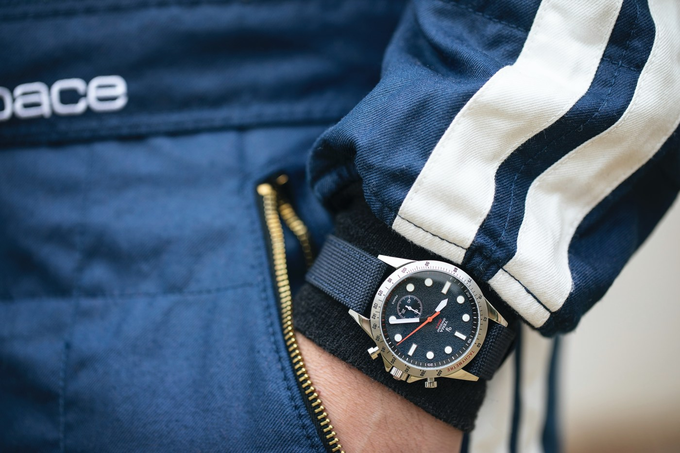 Yema Spacegraf ZERO G Steel Blue wristshot