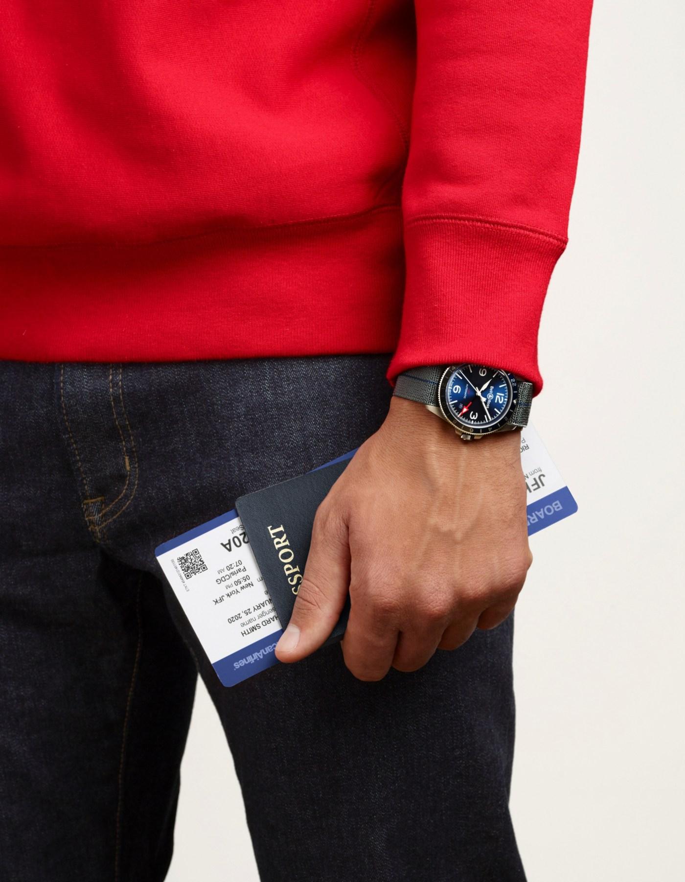 Bell & Ross BR V2-93 GMT Blue wristshot