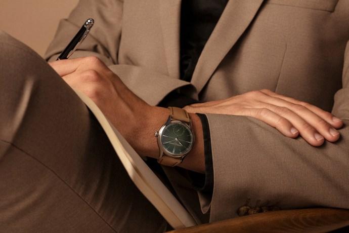 Laurent Ferrier Classic Origin Green wristshot
