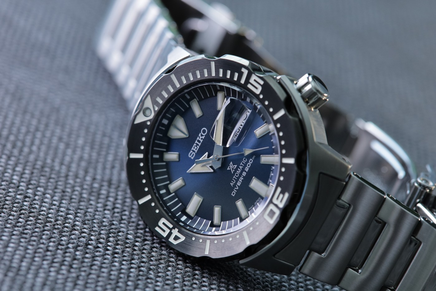 Seiko Prospex Ref SRPD25 Monster Automatic Diver dial detail