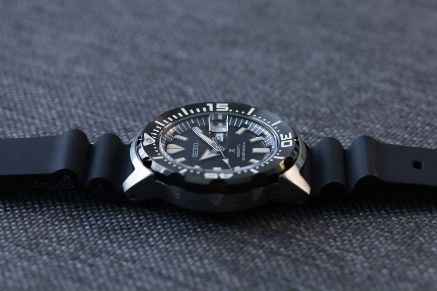 Seiko Prospex Ref SRPD27 Monster Automatic Diver side view