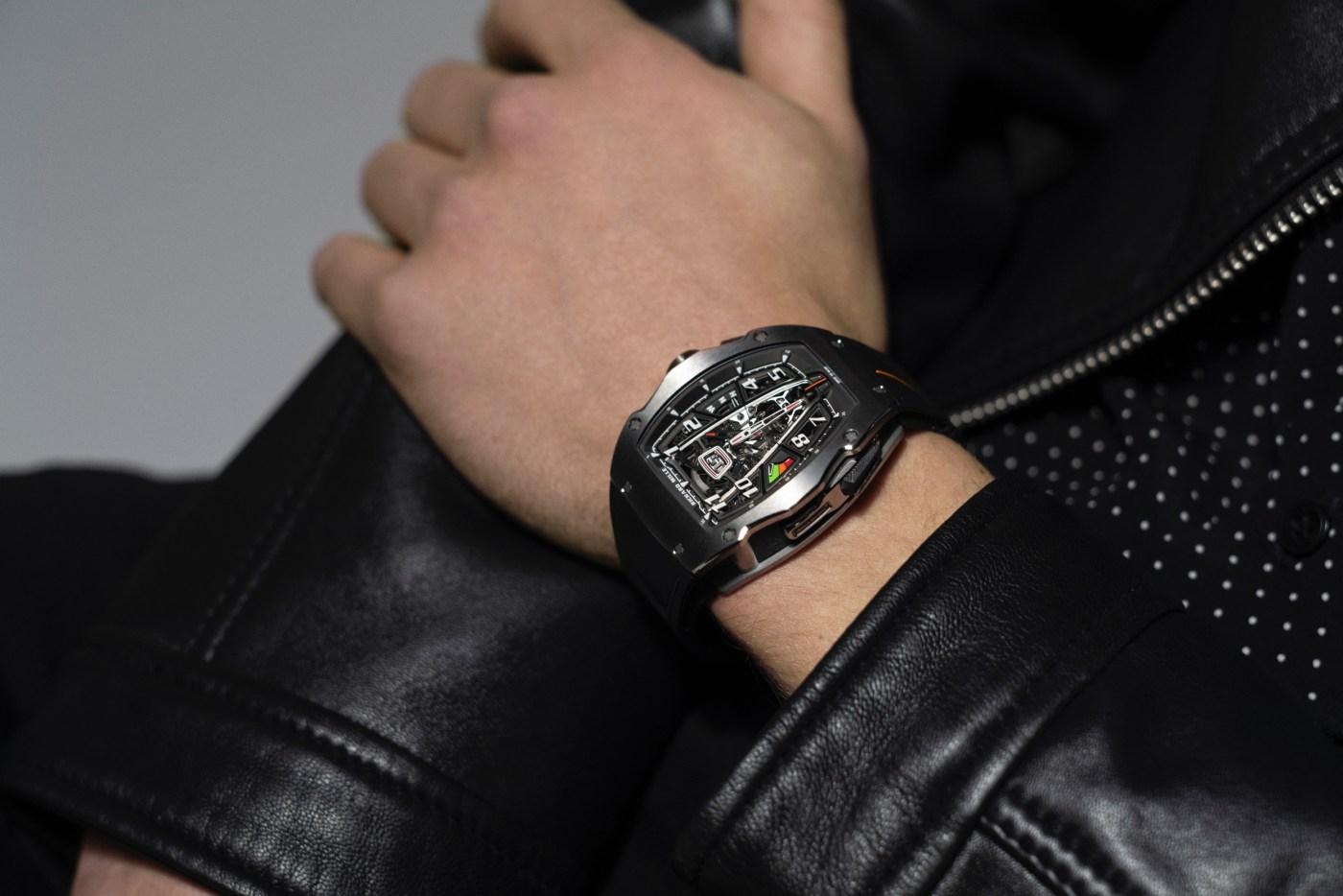 RM 40-01 wristshot Photo by MathieuCésar