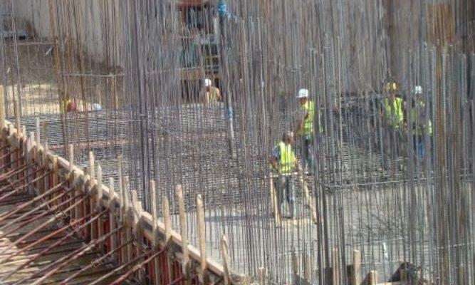 Sectorul de constructii este erodat de lipsa investitiilor publice