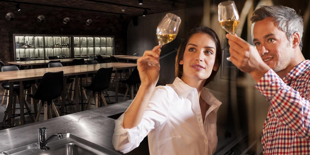 Víno a jídlo patří k sobě. To je filosofií zajímavě koncipované vinárny Winebar, která mimo jiné nabízí zajímavé degustační večery malých evropských vinařských produkcí.