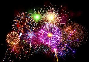 bright-colorful-fireworks