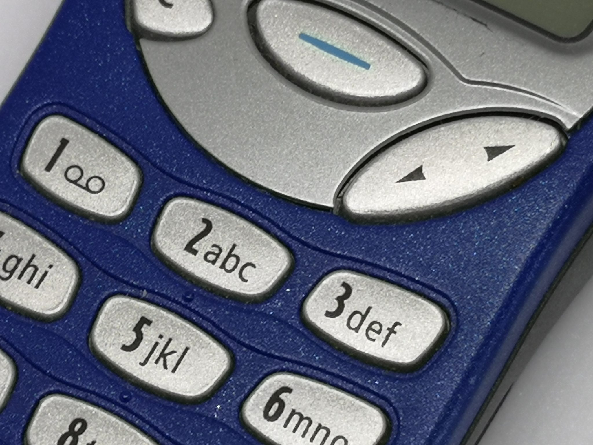 Nokia 3210 Vintage Mobile Phone Review - An Iconic Masterpiece