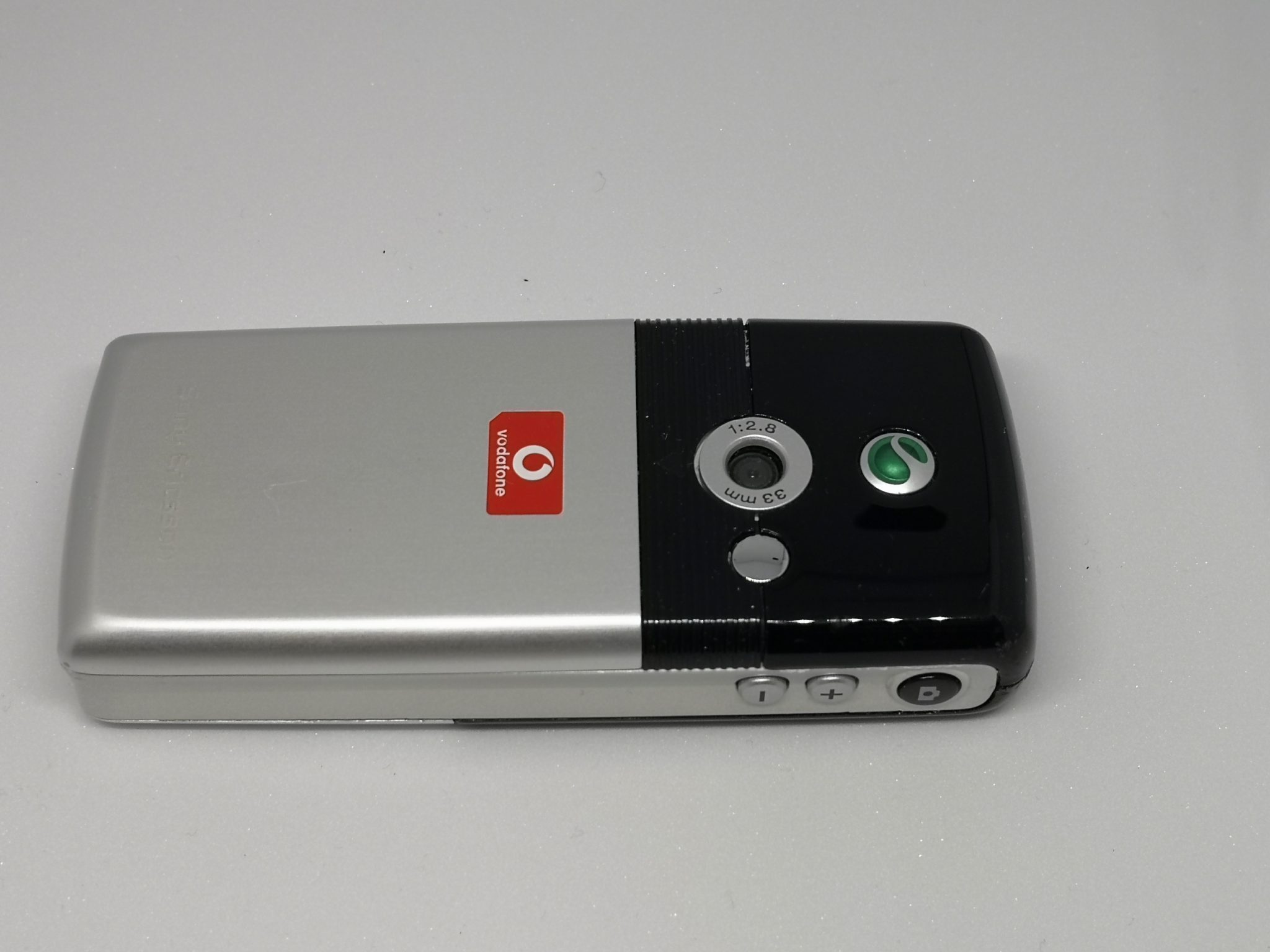 Sony Ericsson T610 Classic Phone Review - A Game Changer For the Masses
