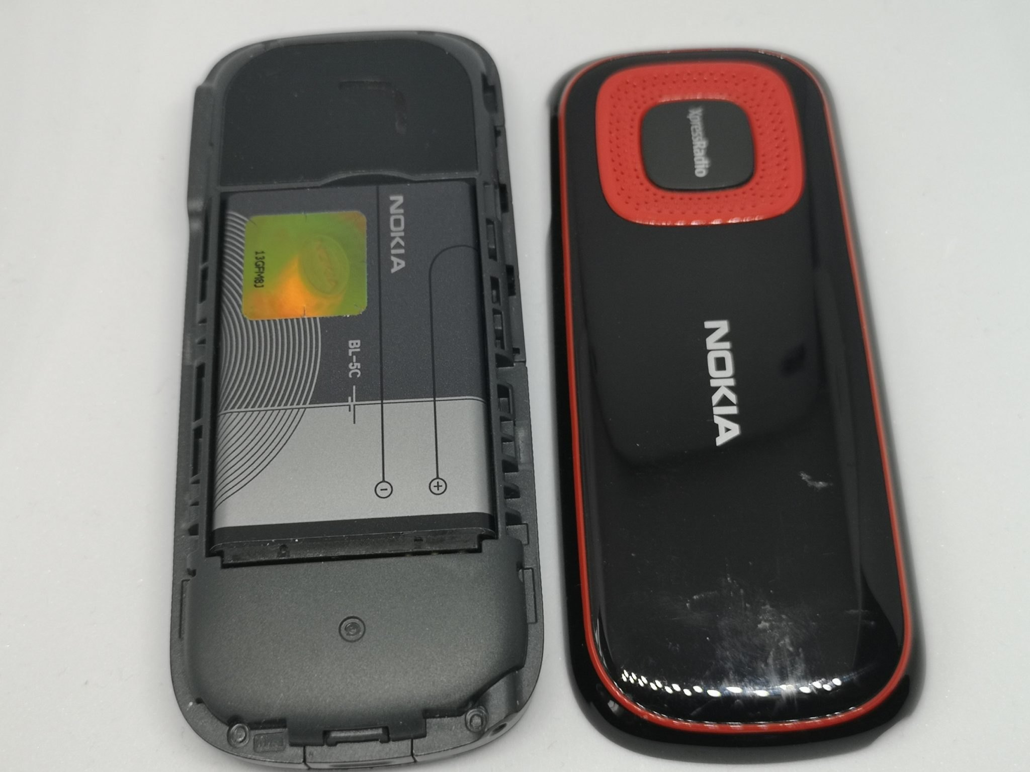 Nokia 5030 XpressRadio Vintage Mobile Phone Review - One of A Kind