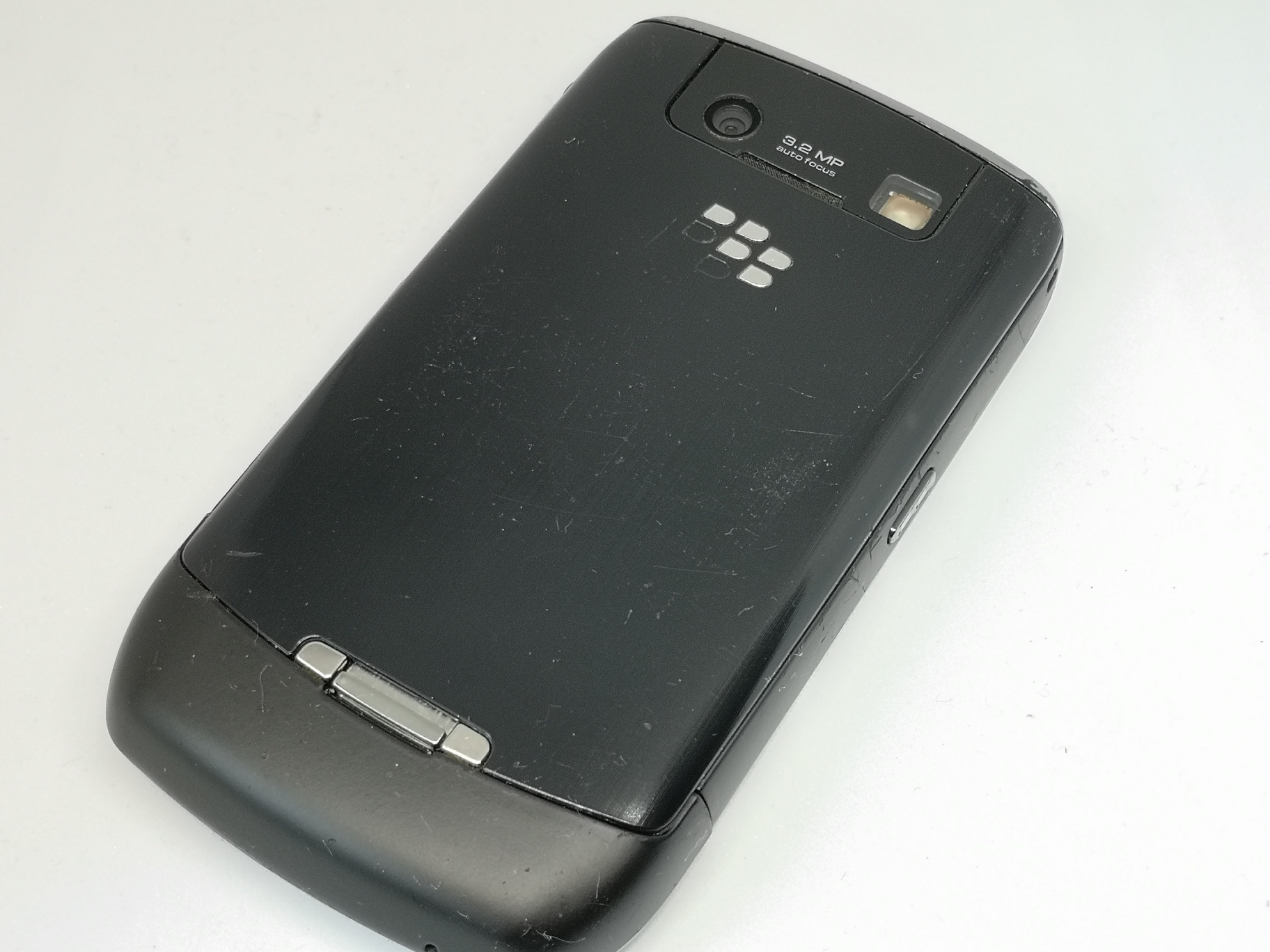 Blackberry Curve 8900 Review - Classy Business Handset